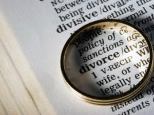 Divorzio breve: la legge in Gazzetta Ufficiale. Legge 11.05.2015 n° 55 , G.U. 06.05.2015